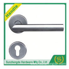 SZD STH-104 stainless steel door handle on bathroom