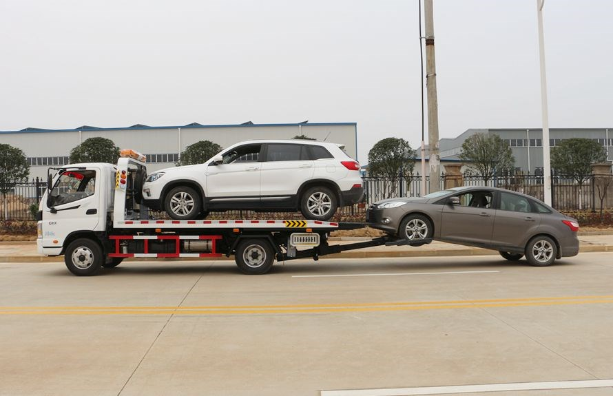 flatbed towing vehicles 1
