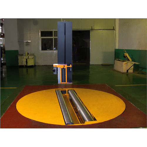 Roll pre-stretch film wrapping machine