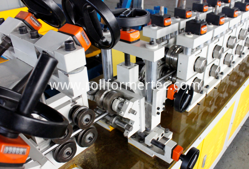 exhaust pipe hangers machine