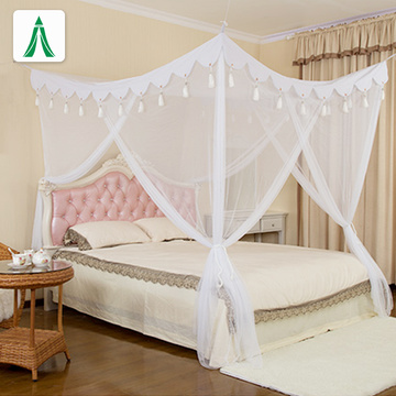 Double bed tassel canopy square mosquito net