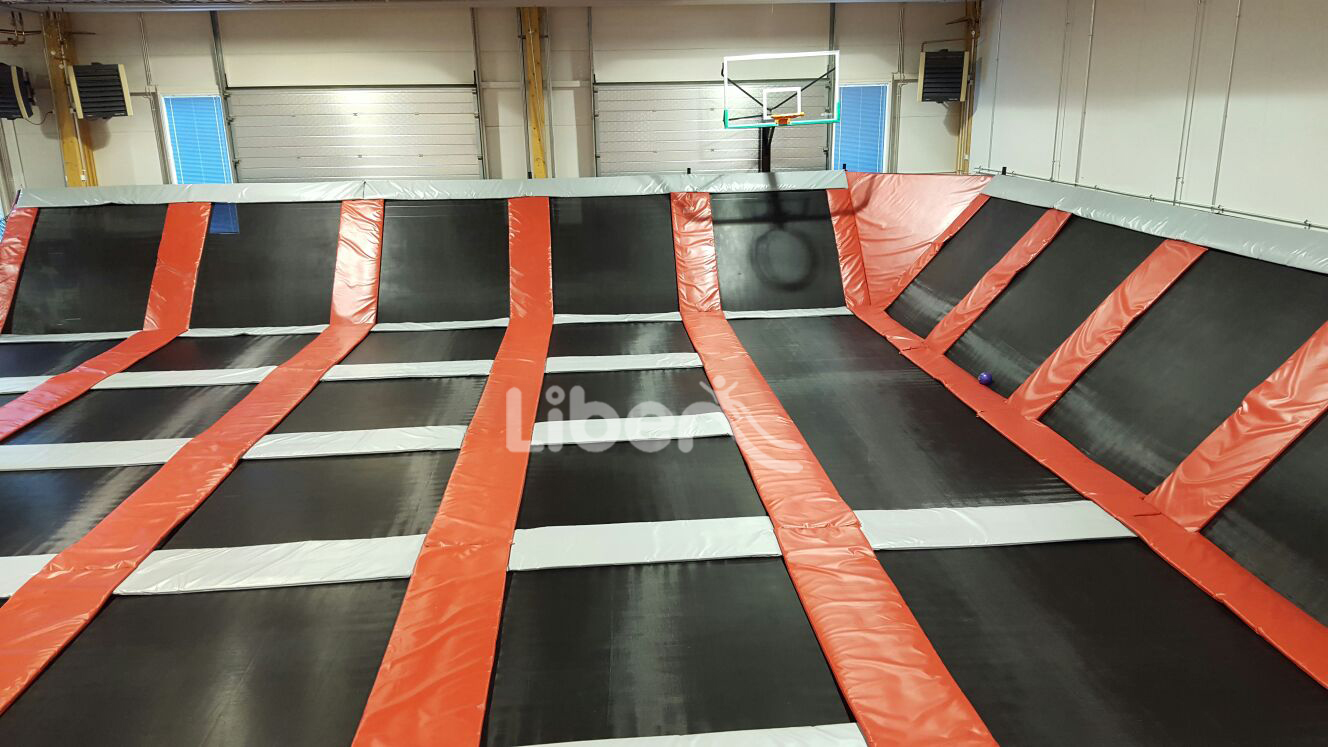 basketball area of elastic indoor trampoline park