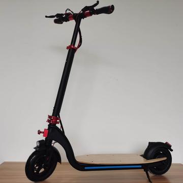 CE Certificated Black Maple Board Adult Electric Scooter
