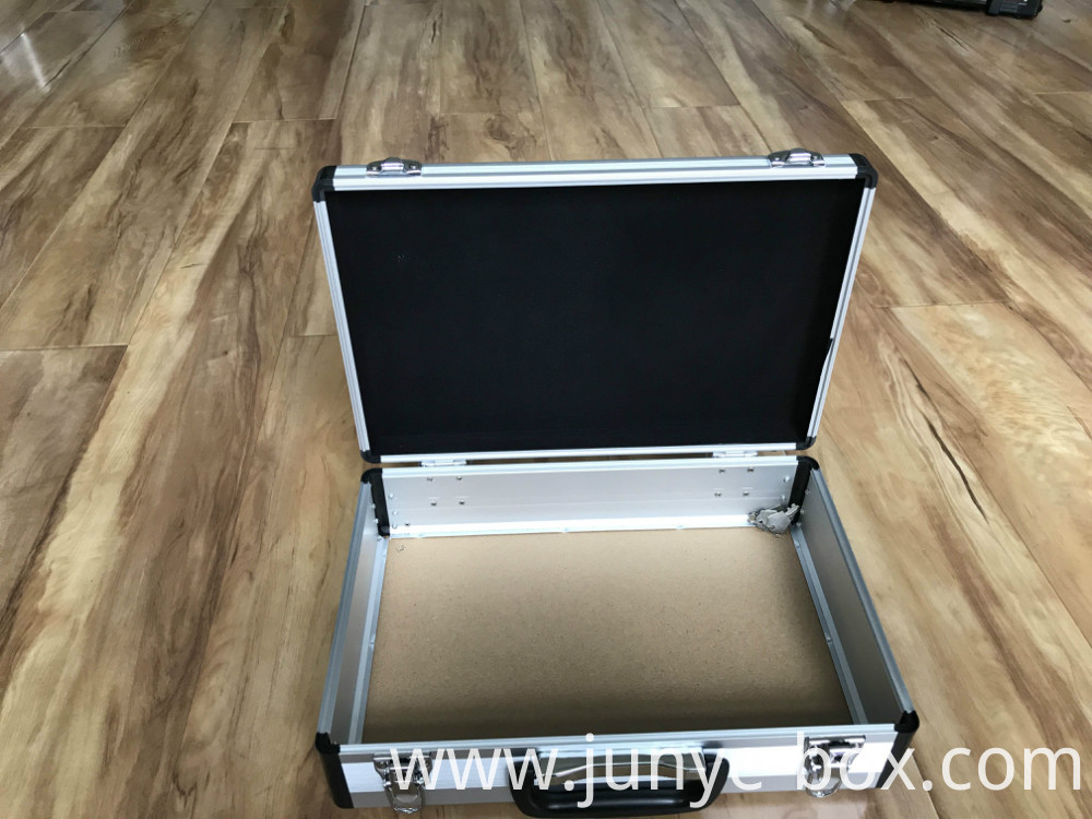 Aluminium Package Cases