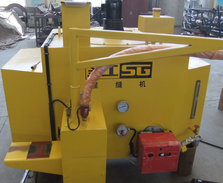 Trailer Crack Filling Machine For Pavement Surface