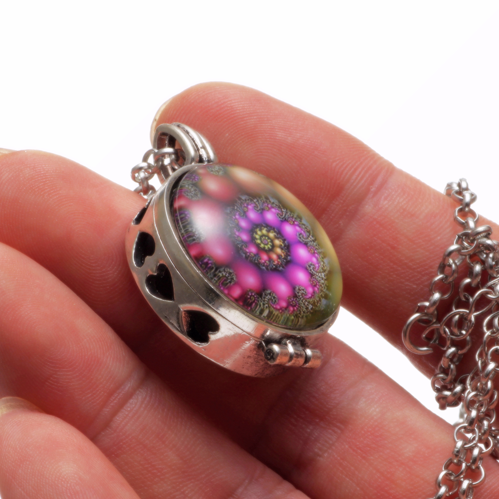 Mixed Patterns Aroma Diffuser Necklace Open Antique Vintage Locket Pendant Perfume Essential Oil Aromatherapy Necklace With Pads