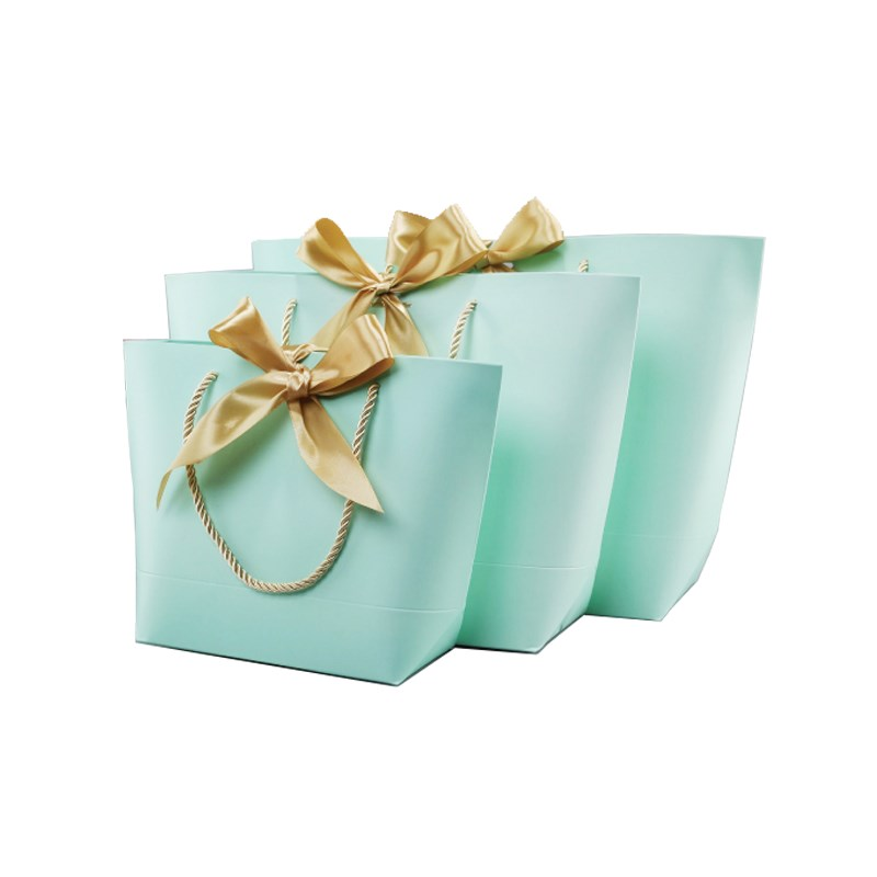 Green Paper Gift Bags With Handles