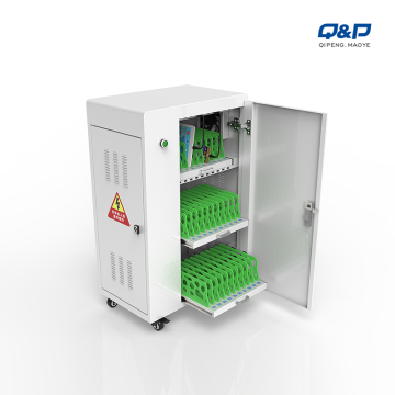 30 bays platform charging cart in classroom