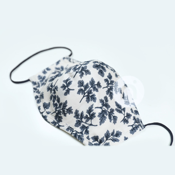 MONOCHROME FLOWERS TEXTILE MASK