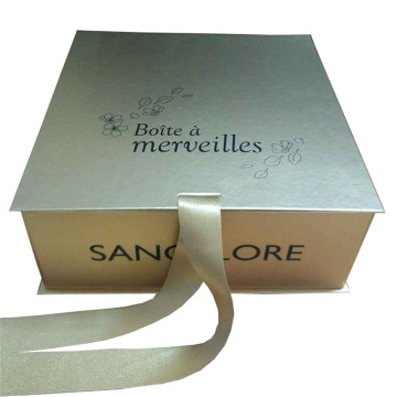 Custom Elegant Gold Paper Gift Box