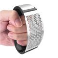 garlic press with handle