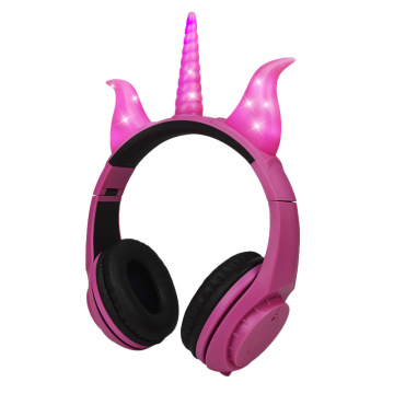 Wholesale wired kids headphone foldable headphone for girls