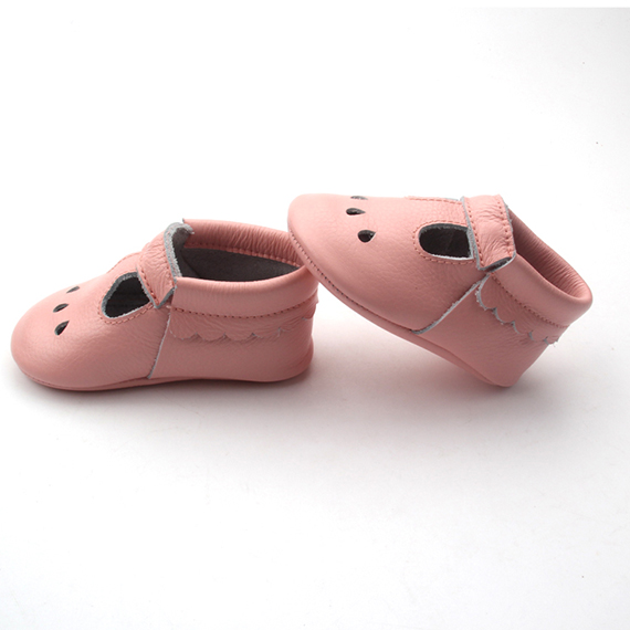 Hollow out baby girls shoes