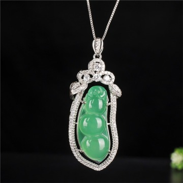 Chinese Natural Jade Chalcedony Hand-carved Kidney Bean Jade Pendant Fashion Jewelry S925 Silver Inlaid Necklace for Men Women
