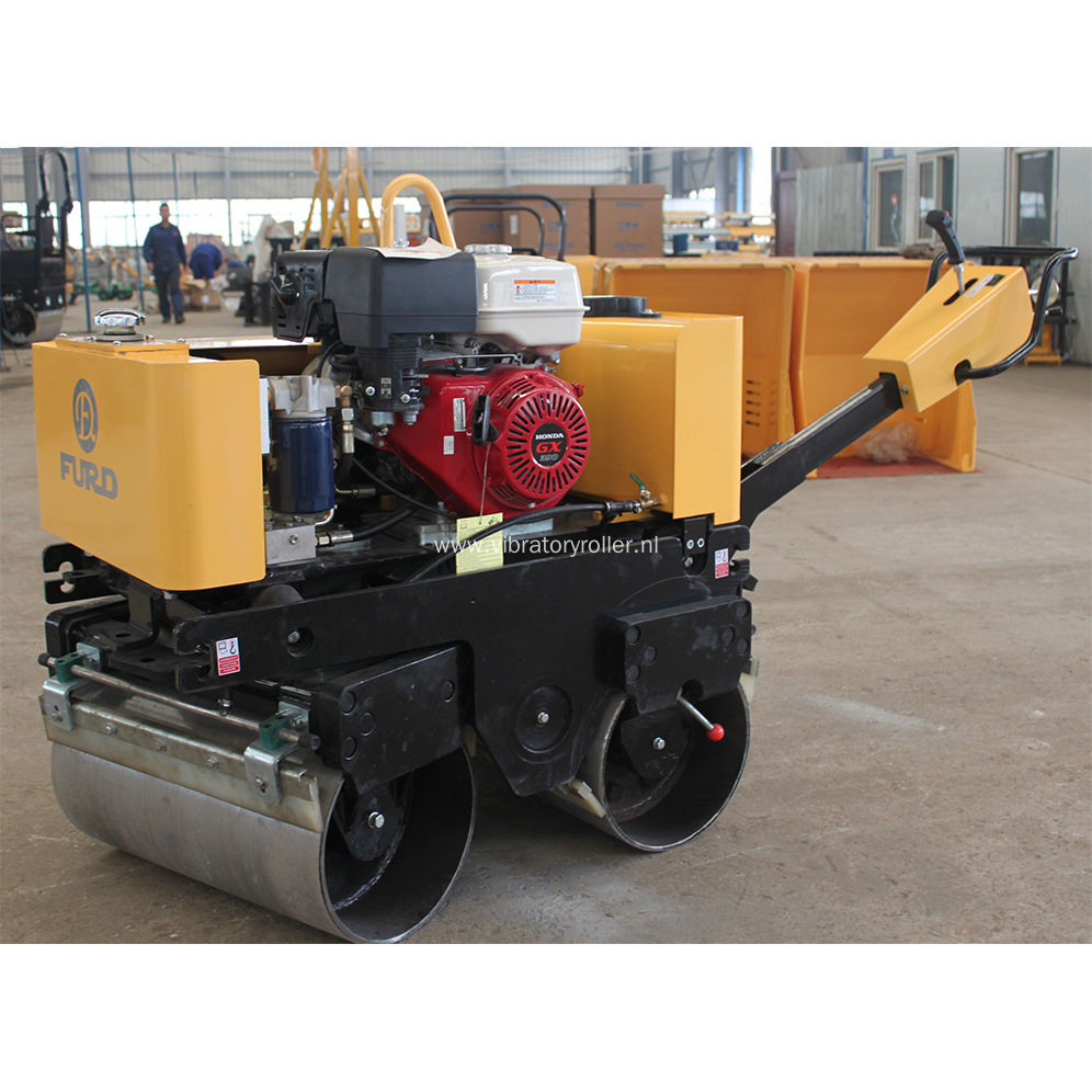 Hydraulic Driving 800kg Road Roller For Sale