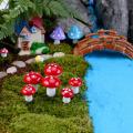 HOT 10pcs Mini Mushroom Terrarium Figurines Fairy Garden Miniatures Party Garden Ornament Resin Crafts Decorations