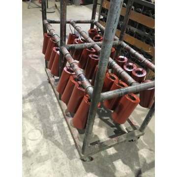 Conveyor idler carrying idler
