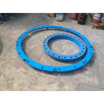 Pipe flange adaptor notched