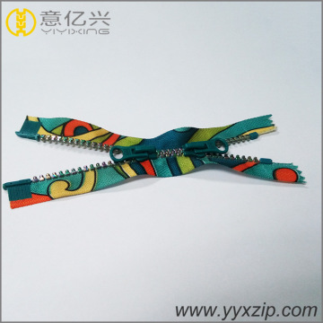 Colorful Teeth Plastic Zipper with Auto Lock Slider