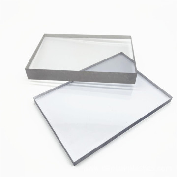 High impact resistance clear solid polycarbonate sheet