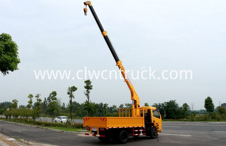 lorry mounted crane 2tons 3