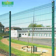 Powder Coated Triangle Curved Metal Welded Mesh Fence