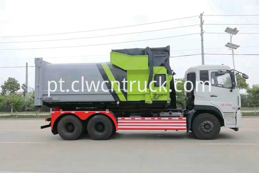 garbage container lift trucks 1