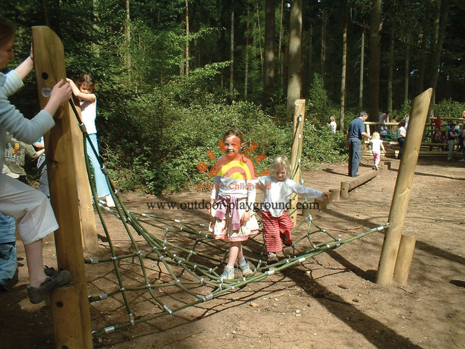twisted rope climbing net kids parkplay