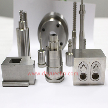 Micro-manufactured Mold Cavity and Thread Core Pin