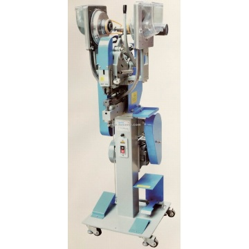 Fully Automatic Snap Button Attaching Machine