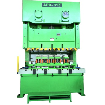 Automatic stamping equipment and die