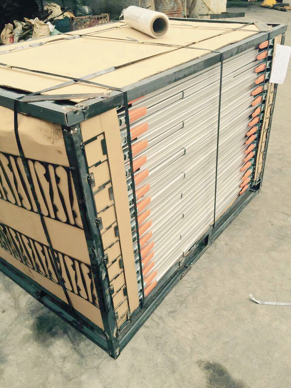 Cargo Lock Planks Packing