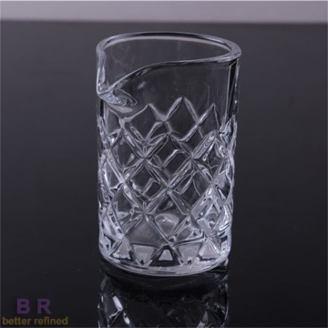 High transparency mixing glass with embossed pattern