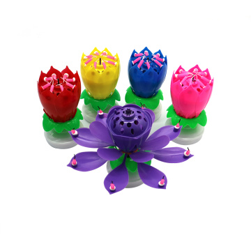 Dubbellaag roterende Lotus Birthday Candle