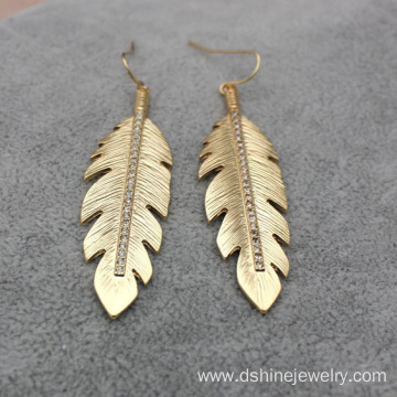 Alloy Jewelry Gold Plated Feather Shape Earrings