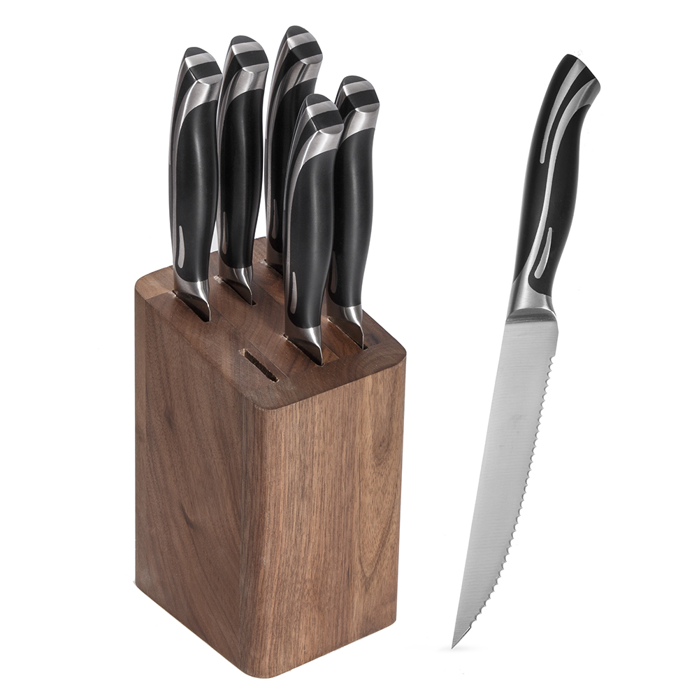 Micro-serrated steak knife