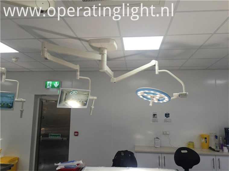 Medical device surgical light