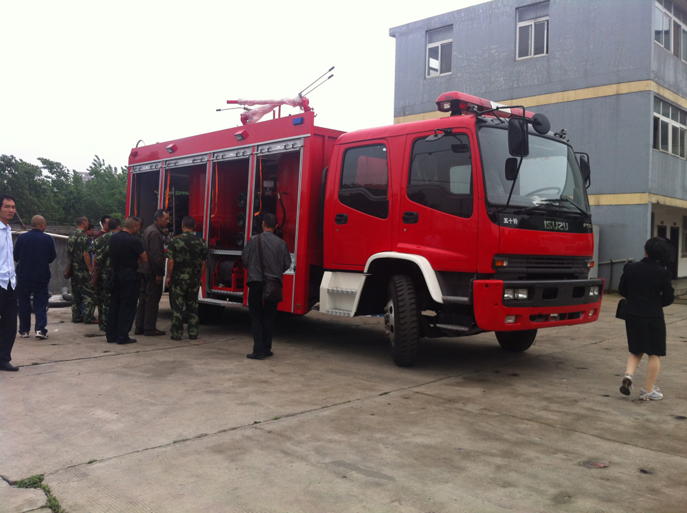 Powder fire truck 3