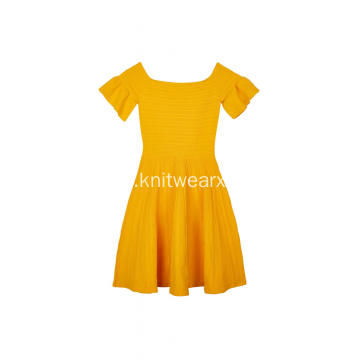 Women's Knitted Ottoman Stitch Zip-Back Ruffle Sleeve Dress
