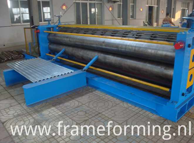 high strength Round wave steel sheet horizontal corrugated roll forming machine