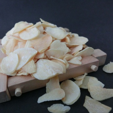 Raw Spice----Dehydrated Garlic Flakes