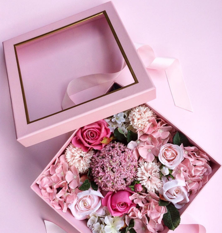 Square flower gift box with PVC window