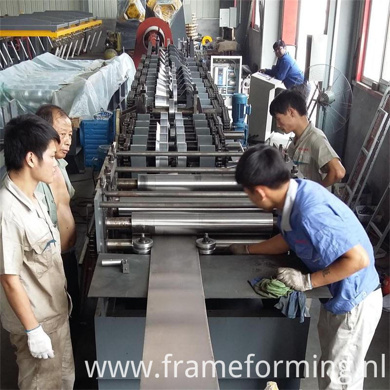 cz steel roll forming machine