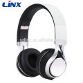 Stylish on-ear headphones with 3.5mm stereo plug