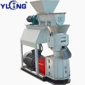 Small manual pellet machine