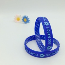Latest Design Colorized Embossed Silicone Bracelets