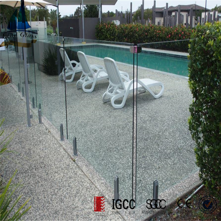 12mm toughened pool fence glass