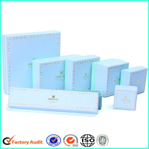 Custom Logo Jewelry Box Packaging In Paper