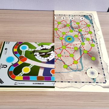 custom design Paper family multiplayer board game toys