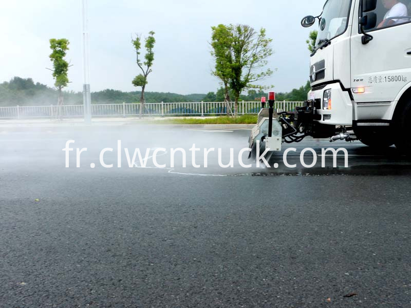 high pressure water jetting truck working 1